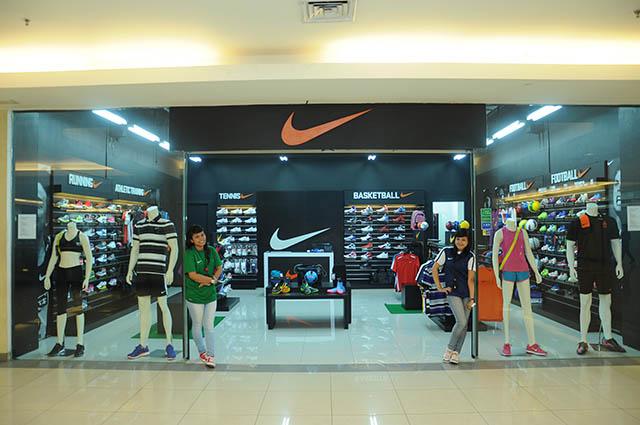 Palembang Indah Mall » First Floor